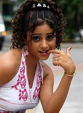 Click image for larger version.  Name:hot-girl-putting-her-finger-in-he-rmouth-5.jpg Views:0 Size:47.7 KB ID:7738